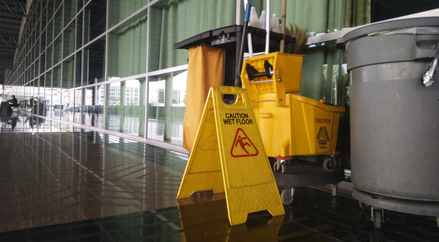 How Commercial Cleaning is Different from Janitorial Services?