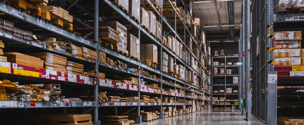 Reasons why you should pick a professional warehouse cleaning service?